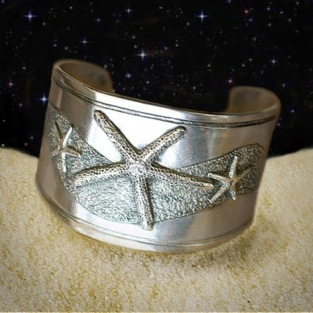Starfish Cuff Bracelet in Pewter